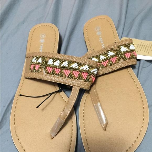 c7d727219b8 Raya sun Shoes - 4  25 Bnwt Beaded sandals